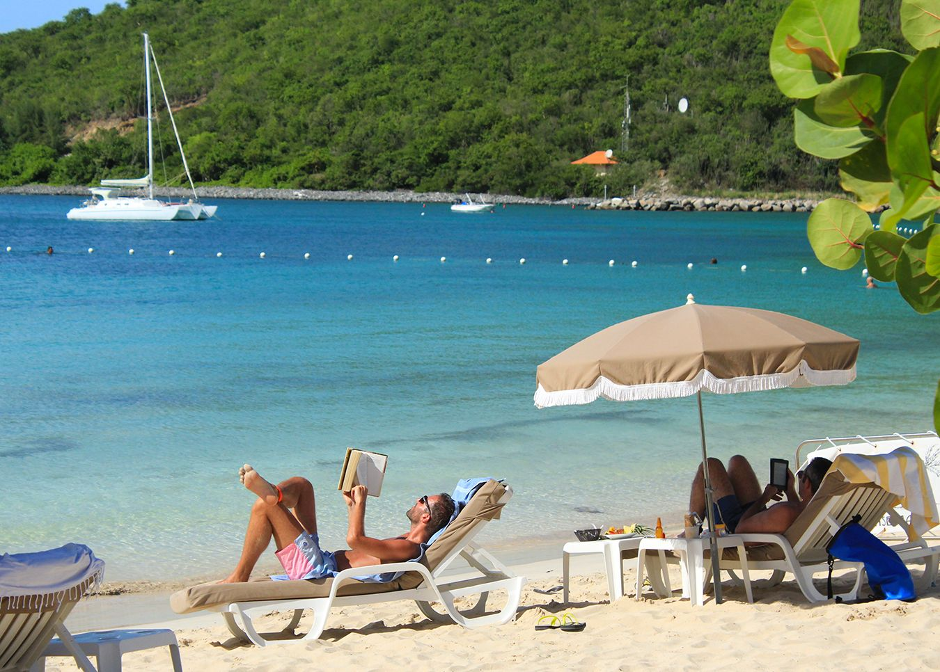 6 reasons why you will love Anse Marcel beach