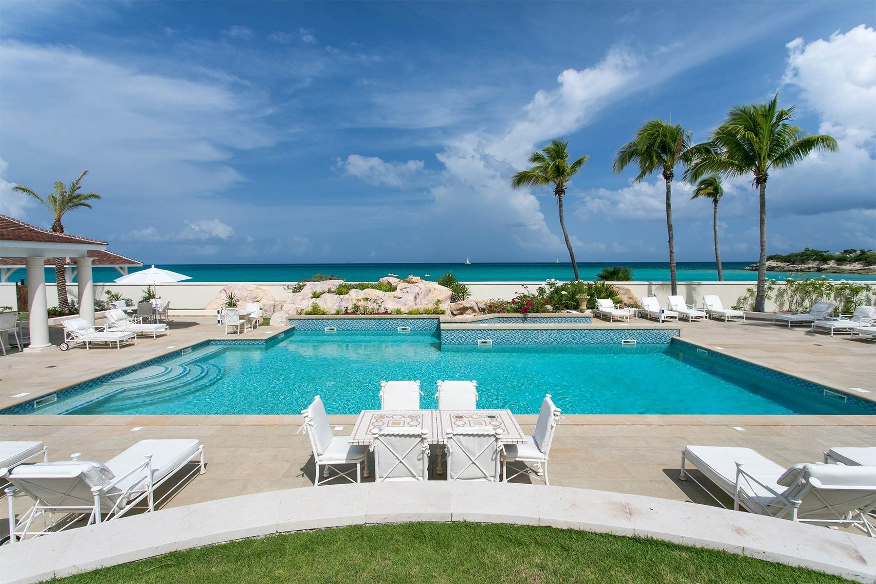 4. Single Family Homes for Sale at Chateau des Palmiers Terres Basses, 97150, St. Martin