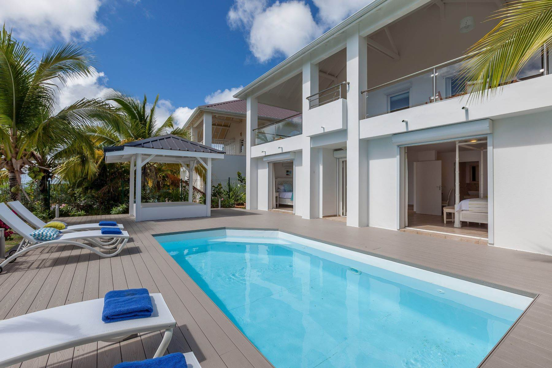 18. Single Family Homes for Sale at Sea Dream Happy Bay, 97150, St. Martin