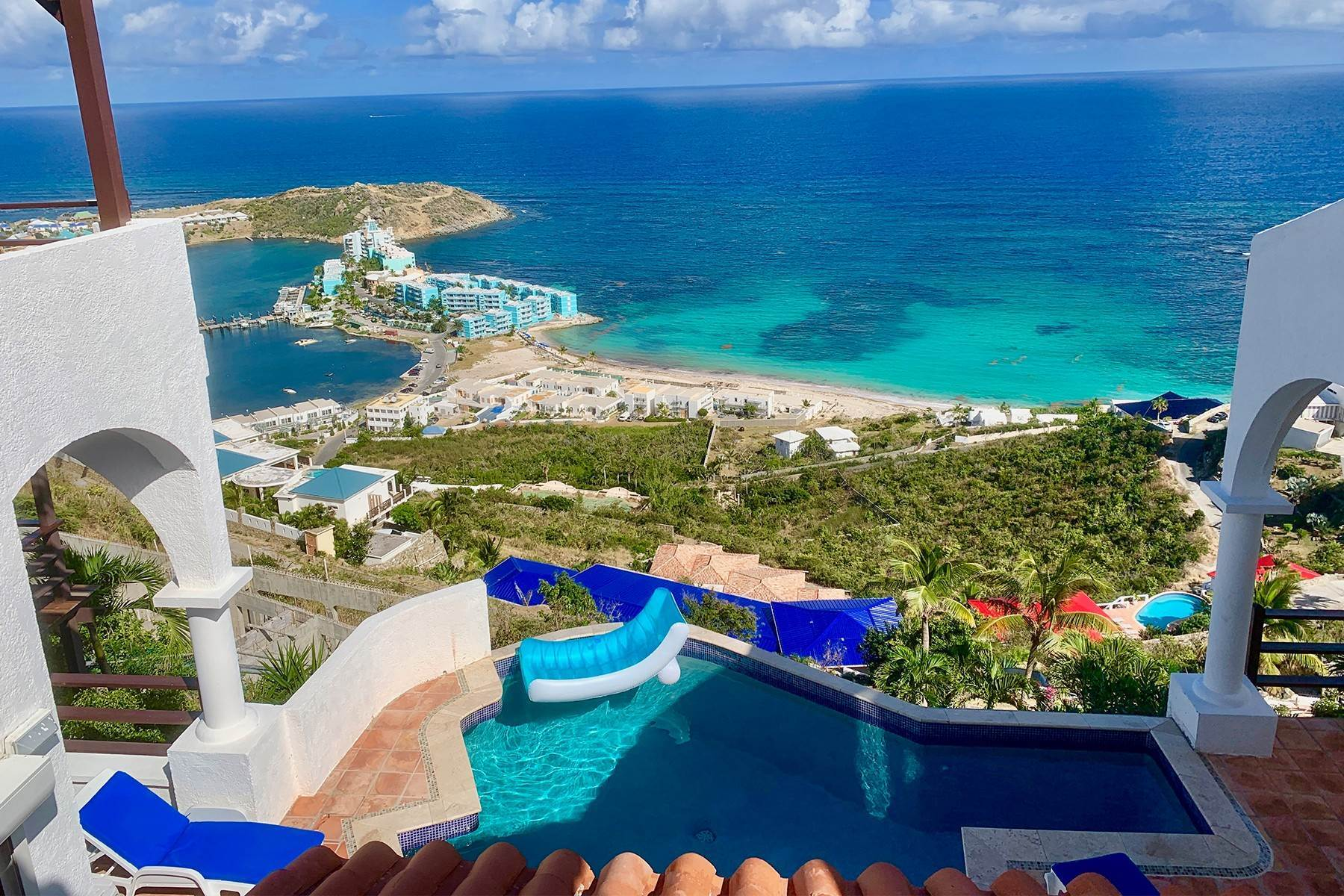 Single Family Homes for Sale at Villa Leones Oyster Pond, St. Maarten