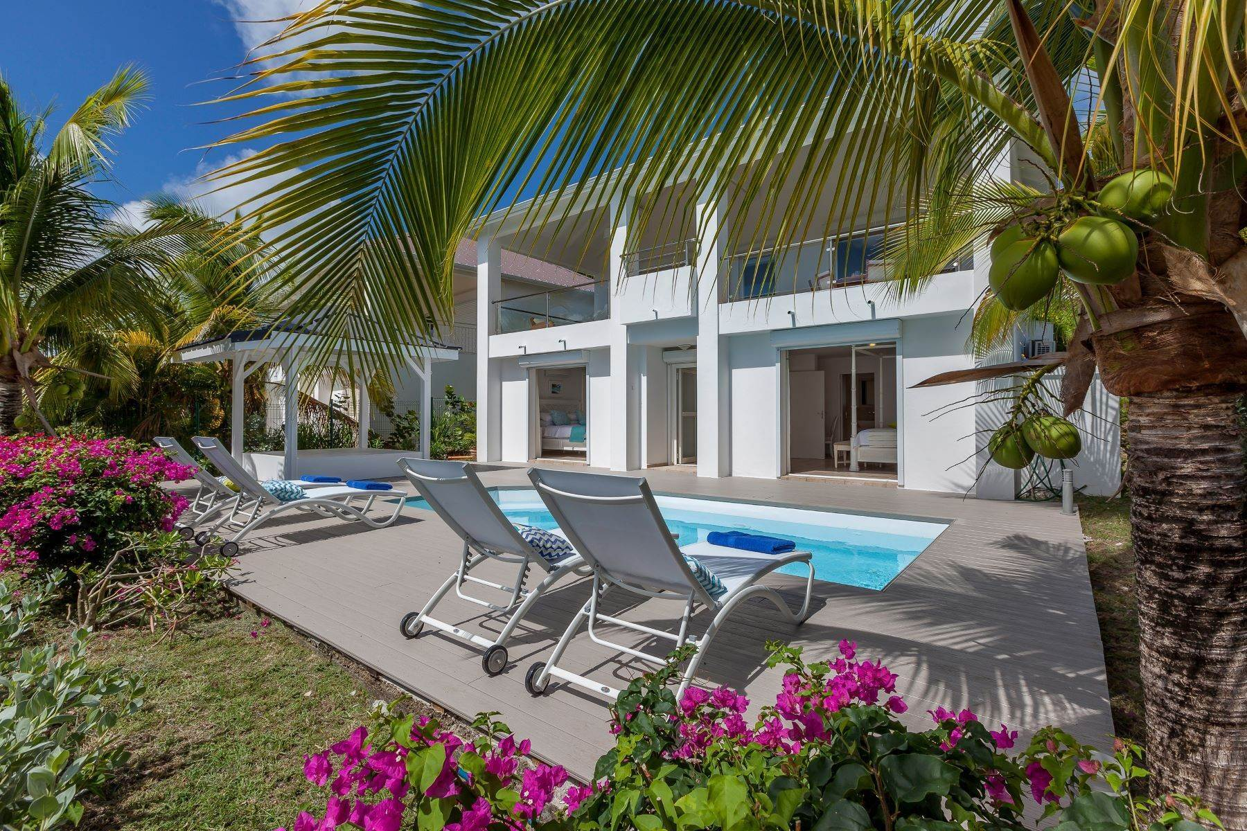 21. Single Family Homes for Sale at Sea Dream Happy Bay, 97150, St. Martin