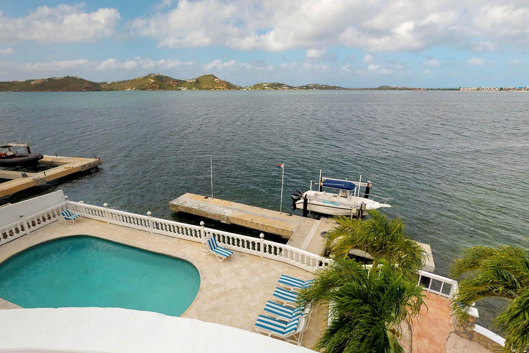 Single Family Homes for Sale at Point Pirouette Villa Pointe Pirouette, St. Maarten