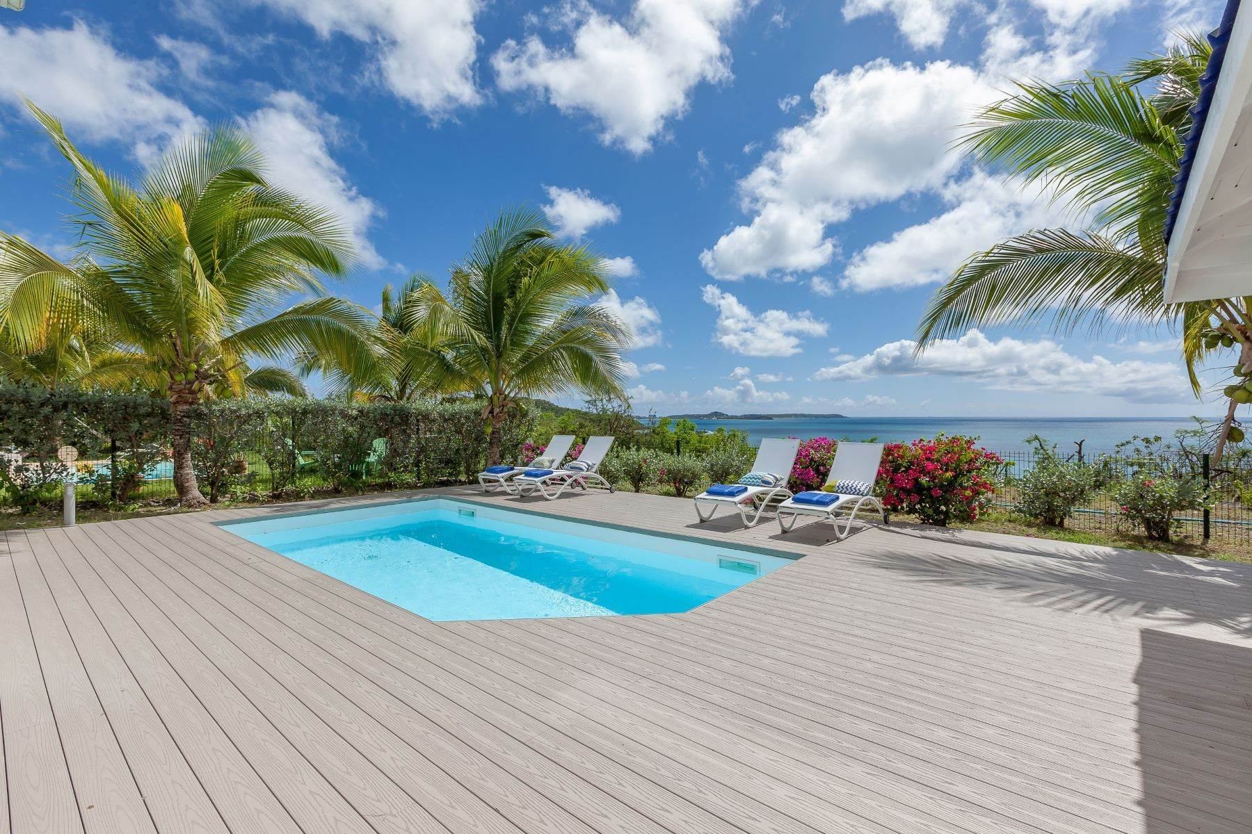 23. Single Family Homes for Sale at Sea Dream Happy Bay, 97150, St. Martin