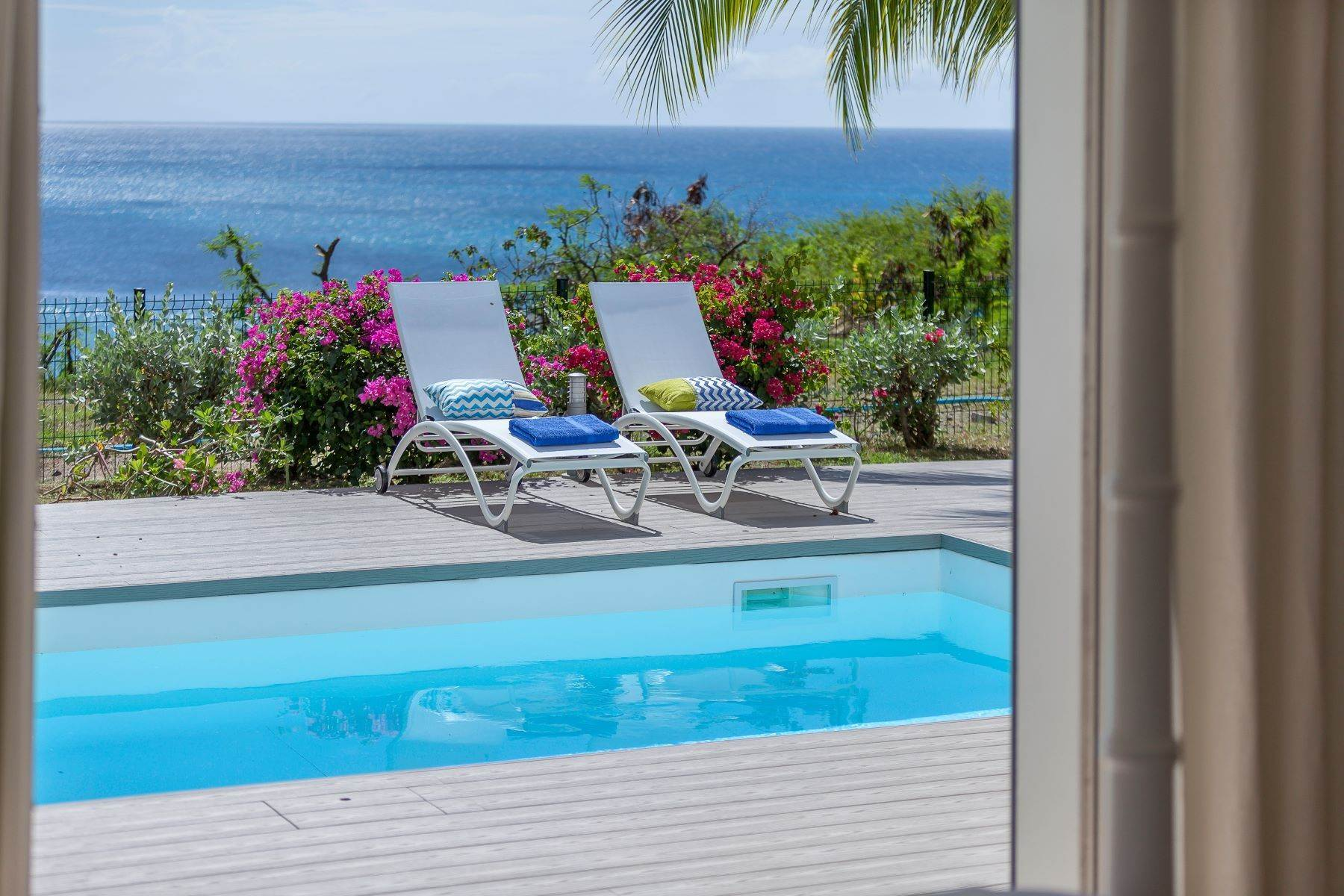 24. Single Family Homes for Sale at Sea Dream Happy Bay, 97150, St. Martin