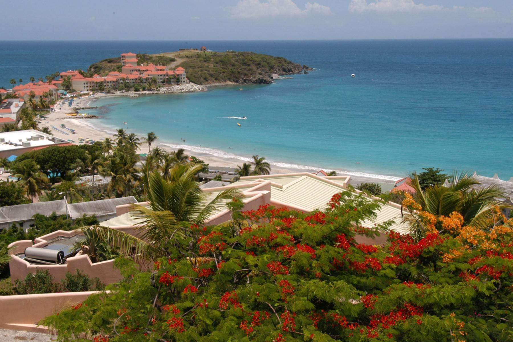 3. Single Family Homes for Sale at Belair View Belair, St. Maarten