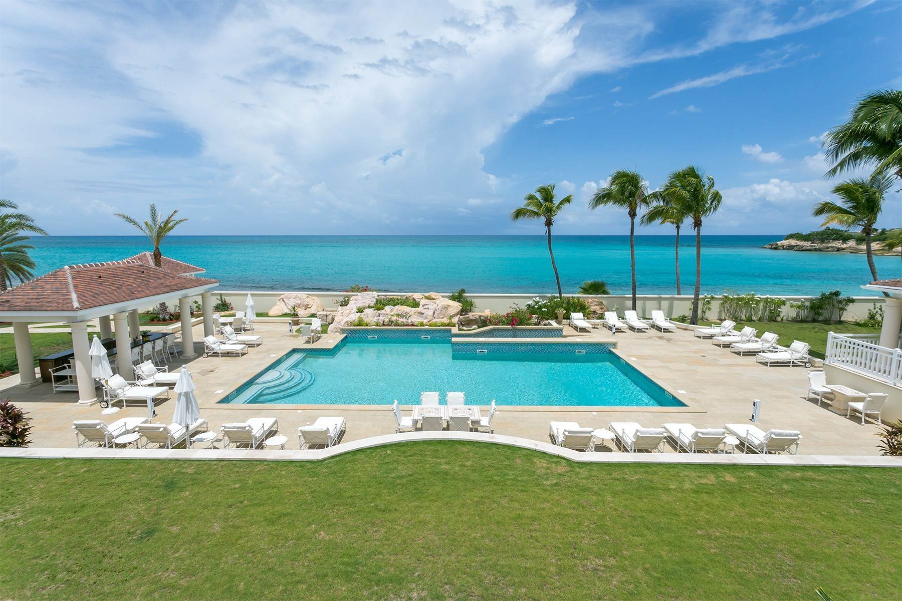 6. Single Family Homes for Sale at Chateau des Palmiers Terres Basses, 97150, St. Martin