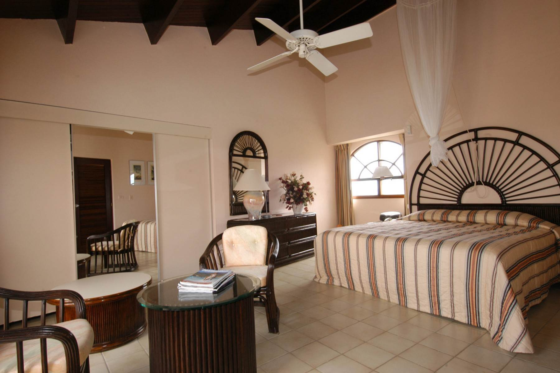 24. Single Family Homes for Sale at Belair View Belair, St. Maarten