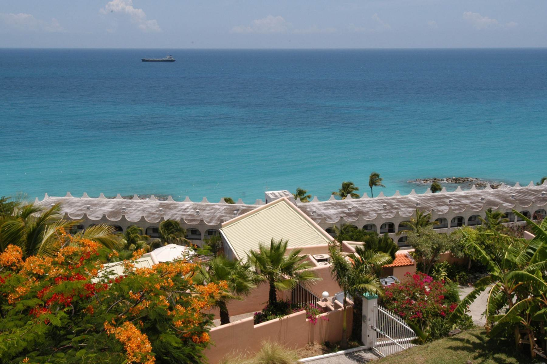 2. Single Family Homes for Sale at Belair View Belair, St. Maarten